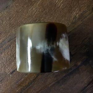 Jewelry - Natural polished horn cuff bracelet bangle